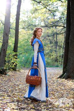 Abito di lino medievale e sopravveste Sunshine Janet di armstreet