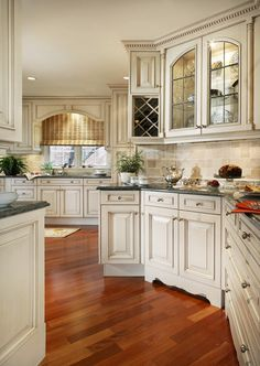 Neutral Kitchens 30 plus A fabulous selection – The Cottage Market – Home Office Design Layout Home Decor Kitchen, Kitchen Furniture, Kitchen Decor, Elegant Kitchens, Home Decor, Kitchen Furnishings, Country Kitchen, Neutral Kitchen, Kitchen Renovation
