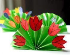 Hello Wonderful - Creative Inspiration, Arts, Crafts & Recipes for Kids Diy Bouquet, Spring Bouquet, Easter Crafts For Kids, Diy For Kids, Origami, Daisy Scouts, Spring Hats, Flower Crown, Creative Inspiration