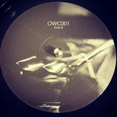 #nowspinning DJ Gaff and Cityspeak - OWC001. Off-World Colonies: OWC001 (2017). martianMan comes at you with a new label. Mission statement: thrust as far and as deep into the cosmos with nothing but the power of breakbeats. #dnb #drumandbass #drumnbass #jungle #djgaff #cityspeak #martianman #offworldcolonies #bladerunner #vinyl #vinyljunkie #record #recordcollector #recordcollection #recordplayer #igvinylclub #igvinylcommunity #instavinyl