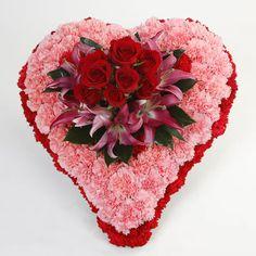 Corazón flores naturales – Pompas Fúnebres Ibiza