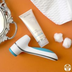 Ditch your so-so cleanser and treat your skin to #LumiSpa! Invigorate your skin and get a youthful #glow. #NuSkin