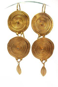 Greek 14K Gold Discs earrings by Vered Laor - Israeli jewelry designer.    The look is inspired by ancient Greek Jewelry. Each earring is a