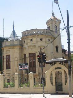 antiga casa - castelinho - na Av Brigadeiro Luís Antonio - Bela Vista - São Paulo
