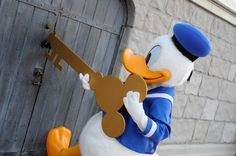 Donald with the key to the Disney magic!