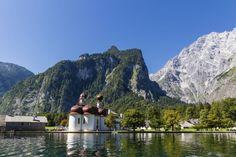 De tien mooiste natuurgebieden in Duitsland (dit is Konigssee bij Berchtesgaden in Beieren)