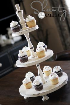 Cupcakestand - step by step Photo tutorial - Bildanleitung