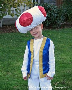 Gotta make something like this for Henry for Halloween!  How will I make it small enough for his tiny head?