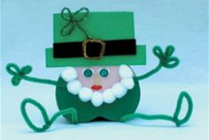 It's a Lucky Leprechaun! Such a cute St. Patty's Day craft idea.