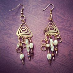 Alaskan Tribal Design Handmade Beaded Earrings Free Shipping No Copious Fee's $8.00