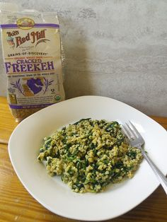 We love this simple, yet delicious freekeh dish- Parmesan Spinach Freekeh from Mom Knows Best @tara1965