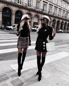 Screamin x Outfits Look Fashion, 90s Fashion, Fashion Outfits, Womens Fashion, Fashion Check, Fashion Trends, Paris Fashion, Street Fashion, Looks Street Style
