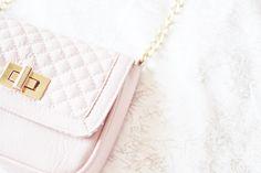 When In Doubt, Just Add Glitter ♡ Pinterest : @1kco0zwe8r4mzzk.