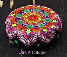 Mandala Stone HOLIFestival of colors MANDALA Hand