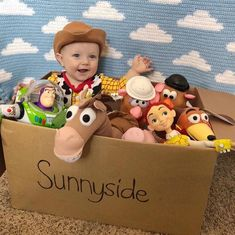Disney Character Cosplay Toy Story Dad's Son's Disney Costumes - It's impossible to pick a favorite! Toy Story Pictures, Baby Pictures, Baby Photos, Toy Story Kostüm, Toy Story Baby, Toy Story Nursery, Toy Story Bedroom, Toy Story Crafts, Toy Story Halloween Costume