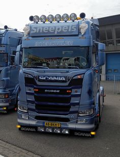 Used Trucks, Cool Trucks, Scania V8, Cab Over, Volvo Trucks, Tractors, Transportation, King, Cars