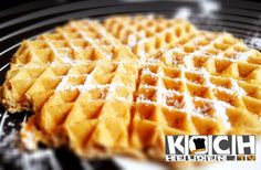 Low Carb Waffeln -- http://www.kochhelden.tv/