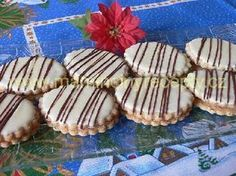 Brazilské pečivo - My site Christmas Sweets, Christmas Baking, Christmas Cookies, Food Hacks, Cookie Recipes, Cooker, Sweet Tooth, Muffin, Food And Drink