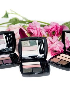 Trending now: Pretty in pink and peach. Rock the sunset shadow trend with our True Color Eyeshadow Quads. #AvonRep