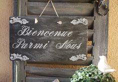 """Plaque en ardoise """"Bienvenue parmi Nous """" : Décorations murales par la-cage-a-deco"""