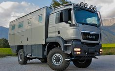World traveler-expedition vehicle