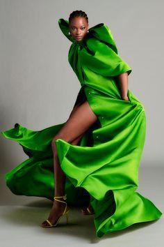 Look Fashion, Daily Fashion, High Fashion, Fashion Show, Fashion Tips, Fashion Design, Fashion Trends, Vogue Fashion, Fashion Quotes