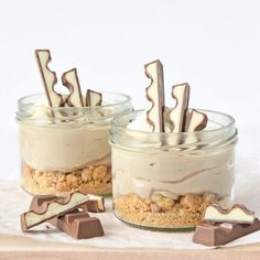no bake kinder chocolade mini cheesecakes (Laura's Bakery) Sweet Desserts, Sweet Recipes, Delicious Desserts, Yummy Food, Baking Recipes, Snack Recipes, Dessert Recipes, Snacks, Cheesecake Recipes