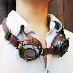 To know more about steampunk goggles, visit Sumally, a social network that gathers together all the wanted things in the world! Chat Steampunk, Mode Steampunk, Style Steampunk, Steampunk Gadgets, Steampunk Goggles, Steampunk Clothing, Steampunk Fashion, Steampunk Outfits, Steampunk Shoes