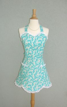 Flirty Vintage Style Sweetheart Scalloped Apron by bernicesdesigns, $39.95