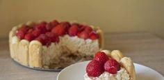 Opijte se! S jahodovým dortem Charlotte Malakoff http://tomichutna.cz/jahodovy-mandlovy-dort-charlotte-malakoff-aux-fraises