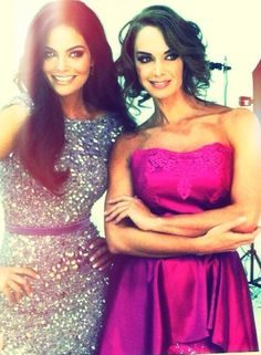 Ximena Navarrete y Lupita Jones simplemente hermosas!