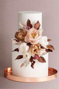 pretty wedding cake 2020, wedding cake gallery, unique wedding cake designs, wedding cake designs 2020, modern wedding cake designs, wedding cake designs, wedding cakes, wedding cake pictures gallery #weddingcakes
