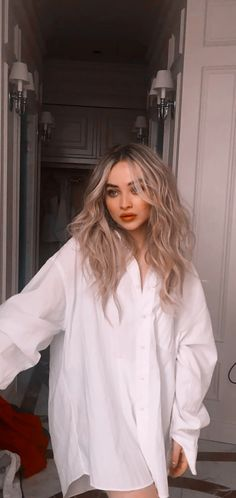 Sabrina Carpenter, Loren Gray, Girl Meets World, Beautiful Celebrities, Girl Pictures, American Girl, Celebrity Style, Hair Beauty, Celebs