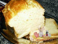 Pão de Batata na maquina de fazer pão - Ingredientes:  Usei como base o copo de 240 ml   1 copo de leite com 2 ovos (colocar primeiramente os 02 ovos no copo e completar com o restante do copo com o leite) 2 colheres (sopa) de margarina 1 copo de batata cozida e espremida (aproximadamente 02 batatas)  2 colheres (chá) de sal; 2 colheres (sopa) de açúcar; 3 ¼ copos de farinha de trigo; 2 colheres (chá) de fermento biológico seco