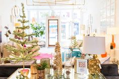 Bright Blog Bash Holiday Decor // Vivid Interiors, Greensboro, NC // Sara Logan Photography // Twin Stripe