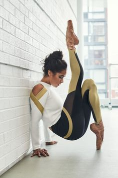 If You're Struggling to Find Your Power, Misty Copeland Has an Inspiring Message For You Dancers Among Us, Paris Opera Ballet, Ballerina Project, Black Ballerina, Misty Copeland, Celebrity Workout, Ballet Photography, Cosplay, Celebrity Travel