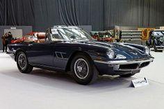 #Maserati #Mistral. Jego czterolitrowy silnik o mocy 258 koni mechanicznych do dziś robi wrażenie.