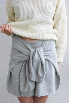 Diy Sweatshirt, Sweater Skirt, Skirt Outfits, Diy Fashion, Colour, Sweatshirts, Skirts, Sweaters, Color