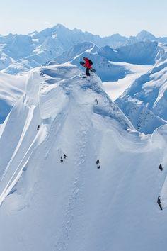 #LL @LUFELIVE #thepursuitofprogression #Snowboarding