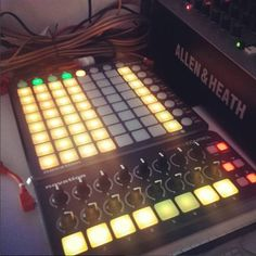 Novation Launchpad S Control Pack con custodie