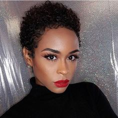 Love these tapered curls ➰ and flawless beat on #mua @beatbynesh  #voiceofhair