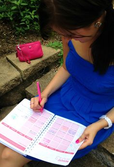 Love her style & that beautiful planner she happens to be using! ;)