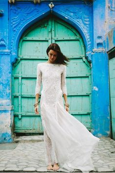 Image 6 - Grace Loves Lace – The Blue City in Real Weddings.