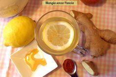 Limone pepe di cayenna e zenzero: una tisana depurativa da bere al mattino che disintossica il fegato e mette in moto il metabolismo.