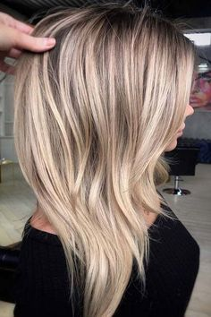 47 Gorgeous Blends of Balayage Ombre Hair Colors for You know balayage is one of the best hair coloring techniques since last few years. In this post we have collected amazing blends and shades of balauage ombre hair colors for women to opt for year Frontal Hairstyles, Cool Hairstyles, Blonde Hairstyles, Hairstyles Haircuts, Summer Hairstyles, Balayage Hairstyle, Bob Haircuts, Layered Haircuts, African Hairstyles