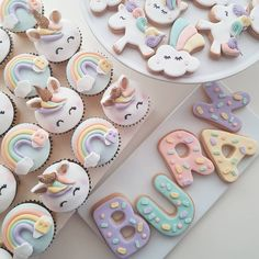 Cake with carrot and ricotta - Clean Eating Snacks Unicorn Themed Birthday, Baby 1st Birthday, Rainbow Birthday, Unicorne Cake, Cake Cookies, Cupcakes Flores, Cold Cake, Unicorn Cupcakes, Cute Desserts