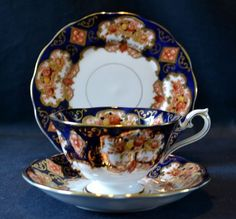 Beautiful Royal Albert Heirloom Trio - Cup, Saucer and Plate