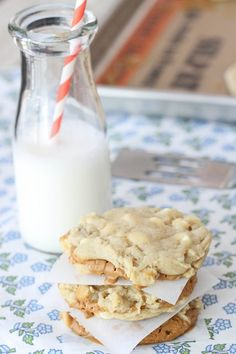Biscoff stuffed white chocolate chip cookie...yes please!!!