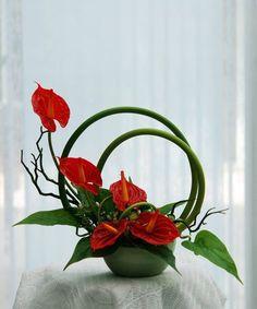 Contemporary Flower Arrangements, Tropical Flower Arrangements, Ikebana Flower Arrangement, Church Flower Arrangements, Ikebana Arrangements, Beautiful Flower Arrangements, Beautiful Flowers, Arte Floral, Deco Floral