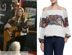 Nashville: Season 3 Episode 12 Maddie's Rose Print Blouse